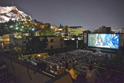 The summer cinemas of Athens - Greek Gastronomy Guide