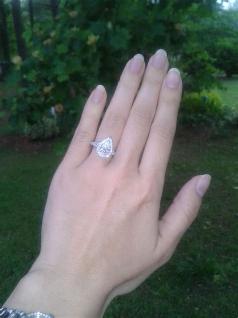 Pear shaped rings and carat size on finger   Page: 2