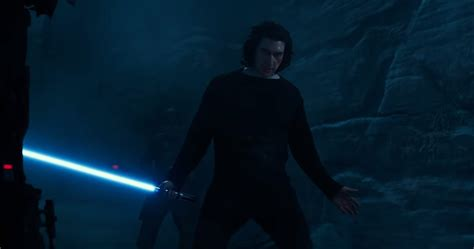 Star Wars: Ben Solo's Lightsaber Moment in The Rise of