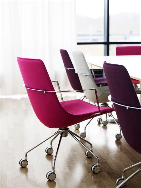 Comet | Chairs & Armchairs | Lammhults