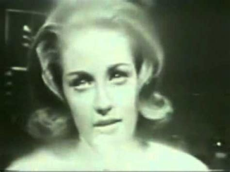 Lesley Gore - You Don't Own Me (Live) - YouTube