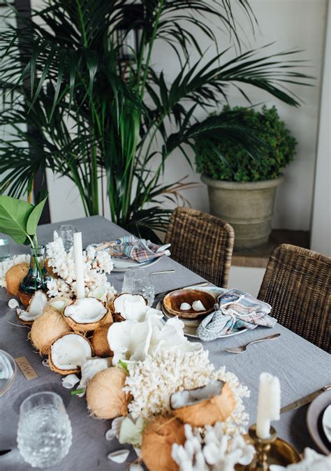 Coconut Table Decorations For Your Tropical Themed Events