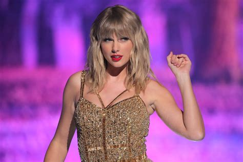 Taylor Swift Is Re-Recording Her Hits: Here's What She