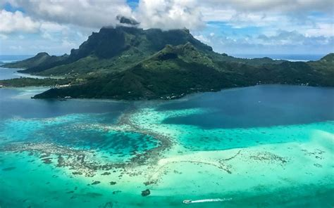 South Pacific islands travel guide