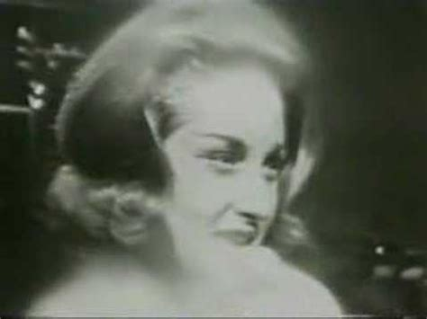 """Lesley Gore- """"You Don't Own Me"""" Live - YouTube"""